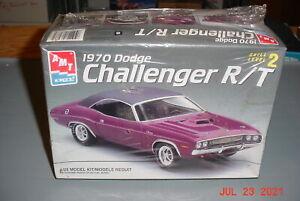 AMT 1970 Dodge Challenger R/T 1/25 Plastic Model Kit #6466 Sealed