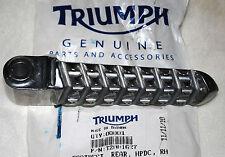 repose pieds arrière droit Triumph Sprint ST réf.T2081627 neuf