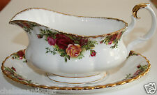 AUTH. 1962 Royal Albert Old Country Roses GRAVY BOAT & GRAVY TRAY Floral Gilt