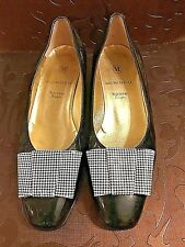 BRUNO MAGLI womens BLACK patent  Leather BOW TIE PUMPS HEELS - 7.5 C