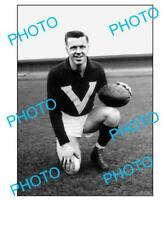 FOOTSCRAY FC LEGEND TED WHITTEN LARGE A3 PHOTO, BIG V
