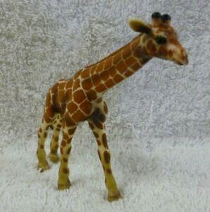 Schleich Germany 2003 Giraffe Plastic Animal Model/Figurine (Retired)