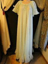 VINTAGE MISS ELAINE GOLD ~ MINT GREEN DBL CHIFFON NIGHTGOWN AND ROBE PEIGNOIR
