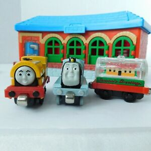 Thomas Friends Train Station Carry Along Learning Curve Tracks 3 Die Cast Cars