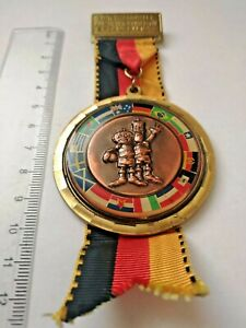 Vintage FIFA World Cup Germany 1974 soccer badge medal