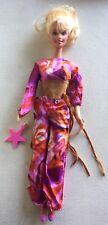 Mattel Poupée Barbie gravée 1966 China avec ensemble boléro/pantalon vintage