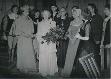 Jean Louis Barrault, Madeleine Renaud, Reine Élysabeth de Belgique 1952 - PR 757