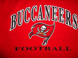 Vintage Champion Red Tampa Bay Buccaneers NFL T shirt Adult M Very NICE