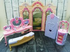Mattel Barbie 12 Dancing Princesses Vanity Play Set Furniture 2006 & Accessories
