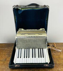 Hohner Student II Piano Accordion 12 Bass 25 Treble Keys Vintage German 1940s