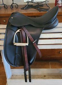 """Used 17-1/2"""" Wintec Bates Australia Dressage Saddle"""