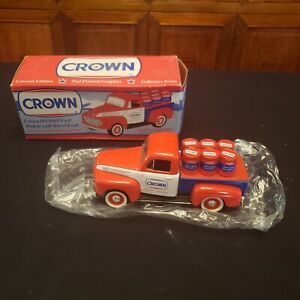 NOS Crown Oil 1948 Ford Pickup W/ Barrel Load 1:25 BANK #68533