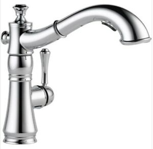 Delta 4197-DST Cassidy 1-Handle Pull-Out Sprayer Kitchen Faucet in Chrome