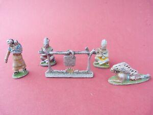 Soldats en aluminium - Lots de 4 indiens et feu de camp QUIRALU