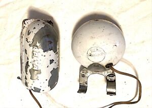 VINTAGE ORIG 1950S DELTA SEALED BEAM BICYCLE HEADLIGHT AND BATTERY BOX USA!