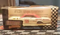#121 DAN GURNEY RACING COLLECTABLES 1992 LIMITED EDITION NASCAR DIECAST