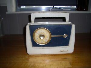 VINTAGE AWA RADIAL RADIO