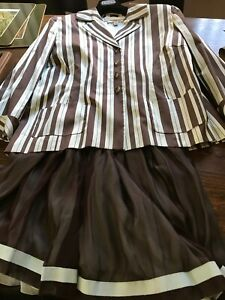 Peggy Jennings Couture Silk Pleated Skirt Blazer Suit Brown Light Green
