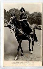 (Ld4073-464) RP,  H.M. Queen Elizabeth II on Horseback,  Unused G-VG