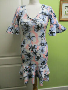 BNWT ONE TOUCH UK SIZE 10 LADIES PINK FLORAL BODYCON SUMMER DRESS WEDDING CRUISE