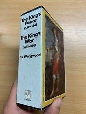 "1973 ""THE KINGS PEACE"" & ""THE KINGS WAR"" C V WEDGWOOD 2 x PAPERBACKS BOXSET (P5)"