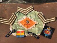 Military Badges & Memorabelia