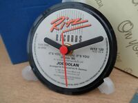 *new* JOE DOLAN RECORD CENTRE LABEL CLOCK Desk / Side Table + Display Stand Gift