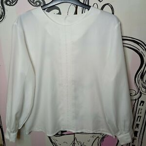 Size 10 Arverco White Pleated Semi Sheer 3/4 Sleeve Fabric Button Back Shirt