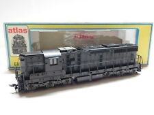 HO Scale - Atlas - 7005 SD24 Undecorated Powered Diesel Locomotive Train