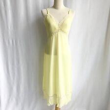 Amazing Vintage Vanity Fair Pale Yellow Lace Trim Bust Accordion Hem/bust 34/S