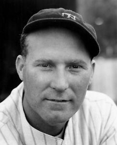 RED RUFFING 8X10 PHOTO NEW YORK YANKEES NY BASEBALL PICTURE MLB