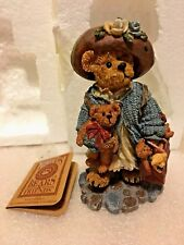 "Boyds Bears Ms Luvsabunch & Friends."".Lifes a Journey Figurine"" # 02008-21"