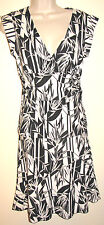 BCBG Black & Cream Palm Print Silky Skirt & Top Set Size Small NWT