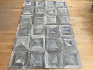 New Cowhide Rug Leather. Animal Skin Patchwork Carpet. Size : 4 ft x 6 ft