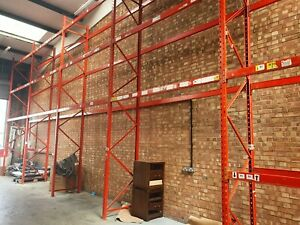 Warehouse Racking / Pallet Racking-x10 uprights 5.71M x 1.1m and x67 Bars 2.71m
