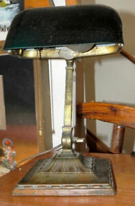 Antique Emeralite Bankers Desk Lamp Green Cased Shade #8734 - Works
