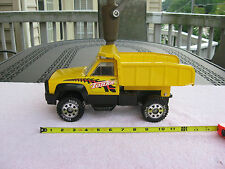 "TONKA Original  2001 Dump Truck~Pressed Steel & Plastic~14"" Length!"