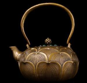 Tibet Tibetan Buddhism copper Gem inlay Exquisite carving Lotus petal teapot