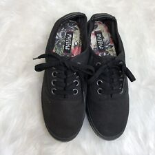 Mad Love Sneakers Women's Black Size 8 NEW Canvas Shoes Lace Up Low Top Slip On
