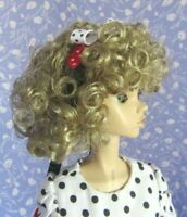 Monique HEATHER Blond Full Adj.Cap Doll Wig Sz. 6-7 Tight Curl, Removable Bow