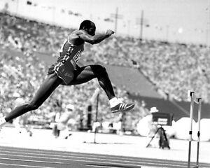 1984 Summer Olympics EDWIN MOSES Glossy 8x10 Photo Los Angeles Print USA