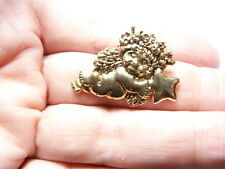 Vintage Textured Gold Tone Metal Girl Cherub Angel Holding Star Lapel Pin