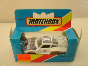 MATCHBOX SUPERFAST #41 RACING PORSCHE 935 CADBURYS BUTTONS NEW DAMAGED BOX