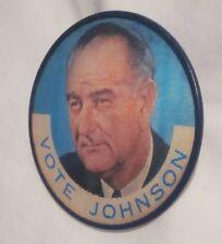 Lyndon B Johnson LBJ 1964 Democratic Presidental Campaign Pinback 3-D Button Pin