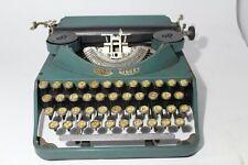 Royal  - Signet - typewriter