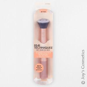"""1 REAL TECHNIQUES Teint Mélangeur Maquillage Pinceaux """"RT-1705"""" De la joie"""