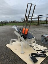 CLAY PIGEON TRAP, AUTOMATIC CLAY TRAPS, ELECTRIC THROWER, FOOT PEDAL.