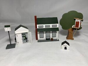 1/48 Scale Miniature Home Tree Bird Dog House Shelf Sitters Village + BONUS
