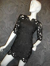AMAZING NEW * 2 Dy 4 * EMBOSSED LACE BODY CON BLACK MINI DRESS SIZE XS 6