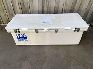 Techni Ice 200 Litre Ice Box